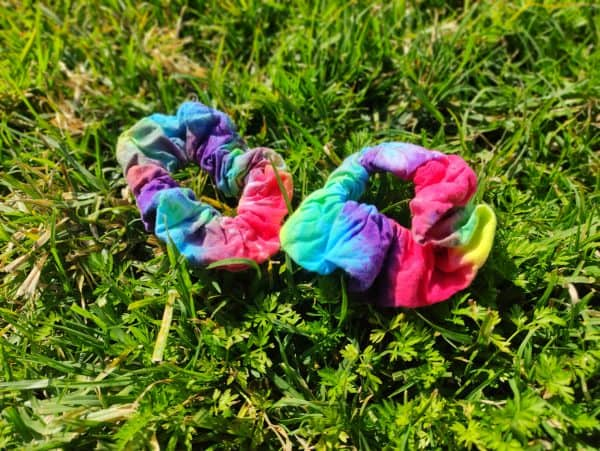 scrunchies tie dyed